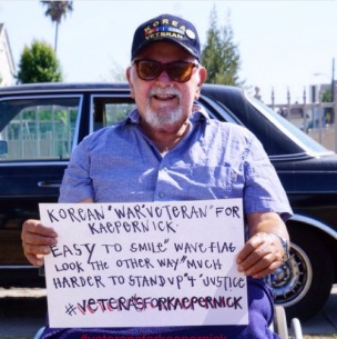 Korean-War-Veteran-Holding-Sign-To-Support-Colin-Kaepernick